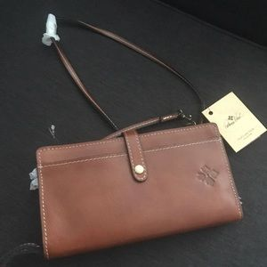 Patricia Nash - crossbody wallet